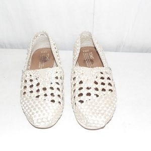 Toms Woven Slip On Shoes 6.5
